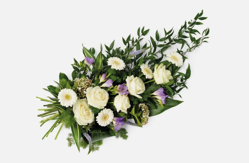 Beautiful hand tied sprays and sheaths for funerals
