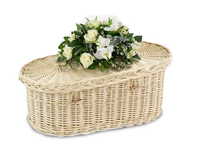 Baby-Casket-Willow-Natural-White-Plain